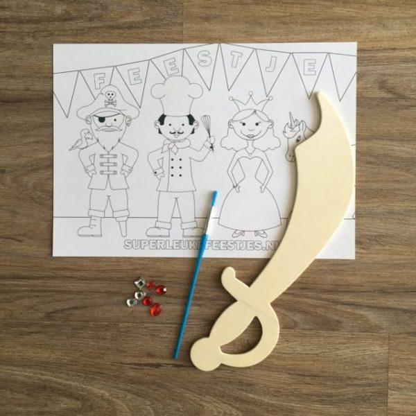 Knutselpakket zwaard voor jongens
