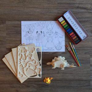 Houten dino knutsel pakket voor kinderfeestje.