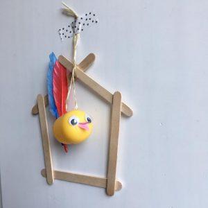 vogeltje, knutselen, vogel, surprise ei, vogelhuisje, lenteknuttel